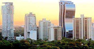 La Nación / Destacan a Paraguay como faro que atrae inversiones de todo el mundo