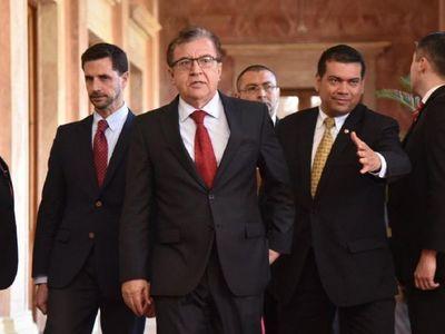 Nicanor no ve viable alternativa del Ejecutivo para controlar fondos de Itaipú y Yacyretá