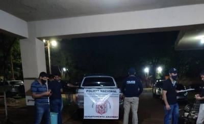 HOY / Tras persecución policial, abandonan camioneta con droga en su interior