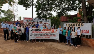 Piden libertad para el ginecólogo detenido acusado de acoso