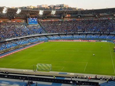 El San Paolo pasará a llamarse Diego Maradona