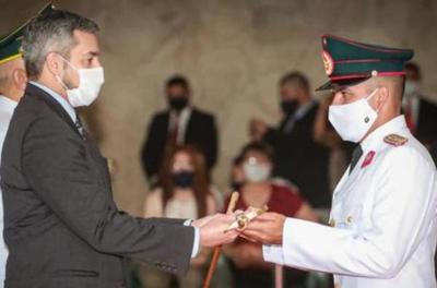 Egresan oficiales de la Academia Militar con nuevos desafíos para el servicio a la sociedad