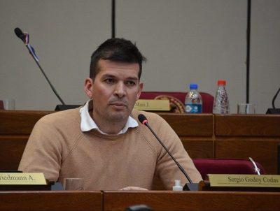 """Sergio Godoy: """"este gobierno ha tomado decisiones sumamente erradas"""" · Radio Monumental 1080 AM"""