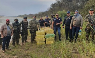 Fueron a controlar que no pesquen y encontraron 1.200 kg de marihuana