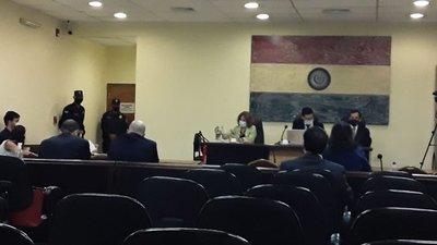 Tribunal absuelve a Raúl Fernández Lippmann y Cristian León
