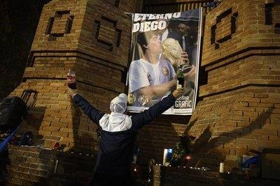 Maradona, el arte del fútbol hecho canción