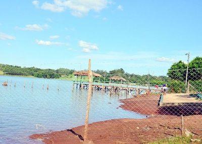 Notificarán a ocupantes para que despejen franja de protección del lago Acaray