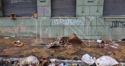 La Nación / Acabó la marcha campesina, quedaron la basura y los reclamos