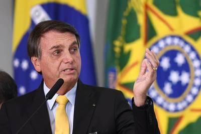 """Bolsonaro sobre el COVID-19 en Brasil: """"Tienen que dejar de ser un país de maricas"""""""