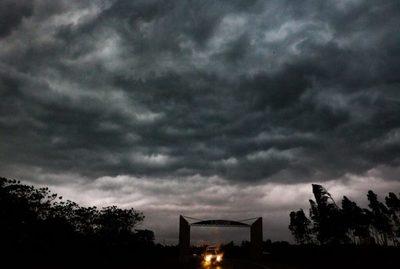 Alerta de tormentas para varios departamentos del país