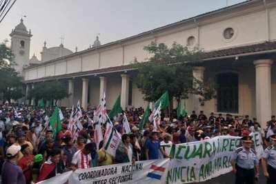 Campesinos denuncian incumplimientos y anuncian nuevas movilizaciones