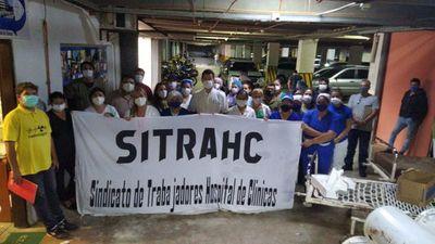 """Clínicas levanta huelga y responsabiliza al """"gobierno mentiroso"""" de crítica situación"""