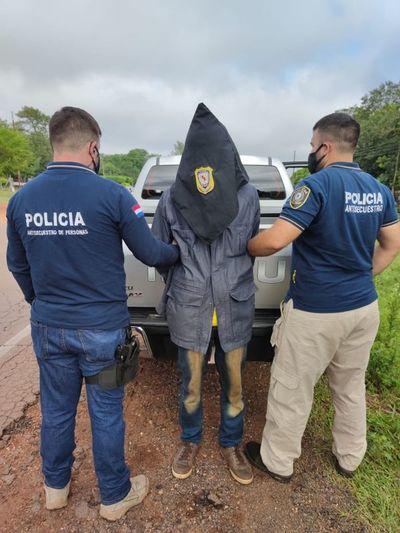 Se detuvo a presunto extorsionador de los familiares del secuestrado Óscar Denis