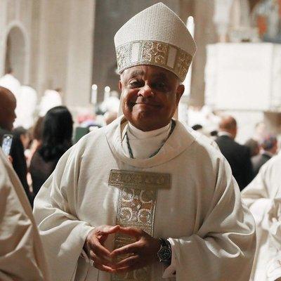 Un arzobispo de Washington se convertirá el sábado en el primer cardenal estadounidense negro