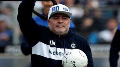 """""""Nunca tuvo espíritu deportivo"""", dice Shilton sobre Maradona"""
