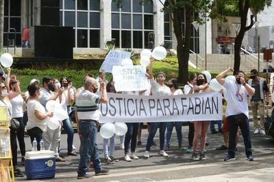 """Familiares y amigos de Fabián Marín piden cárcel para """"Papo"""" Morales"""