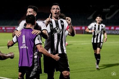 "Óscar ""Tacuara"" Cardozo figura en el once ideal de la semana de la Libertadores"