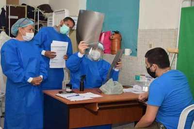 """Un total de 90 pacientes son atendidos en dos días por el programa """"Ñemyatyro Paraguay"""", en Ayolas"""