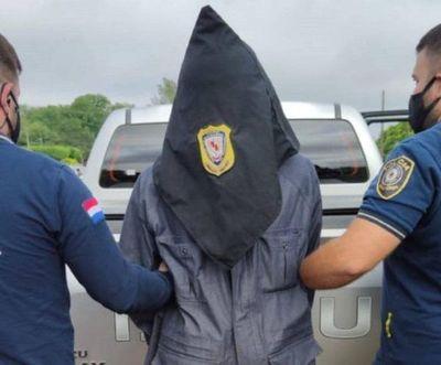 Imputan a hombre por extorsión a familia de Óscar Denis