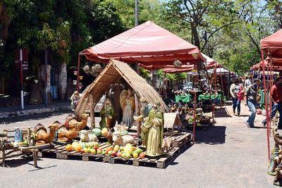 """""""Expo Pesebre de Areguá"""" invita a visitantes a colaborar con la economía de la zona"""
