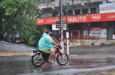 Pronostican jornada lluviosa y cálida