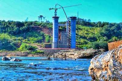 Presidentes de Paraguay y Brasil verificarán obras del Puente de la Integración