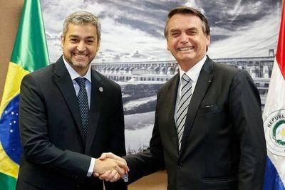 Abdo Benítez y Bolsonaro verificarán avance del Puente de la Integración