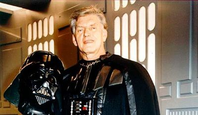 Muere actor que encarnó a Darth Vader en Star Wars