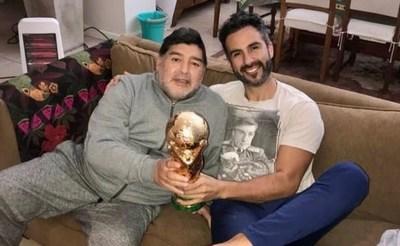 Allanan propiedades del médico de Maradona por posible negligencia y homicidio culposo