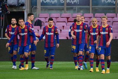 Barça se divierte ante Osasuna y Messi dedica un gol a Maradona