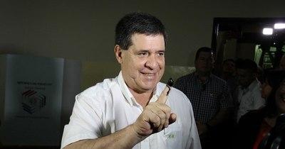 La Nación / Cartes afirma que no se postulará para ningún cargo y que luchará a favor de la familia