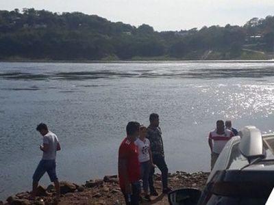 Hallan cuerpo de joven que cayó al río Paraná