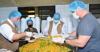La Nación / Más de 3.000 personas vulnerables recibieron almuerzo solidario en Luque