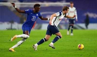 Tottenham empata ante Chelsea y se mantiene líder