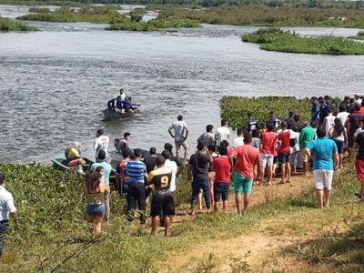 Suspenden búsqueda de cuarta persona desaparecida en el río Paraná
