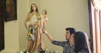 La Nación / Milagros de la Virgen: ¿quién era esa mujer que me dio fuerzas para seguir, pero nadie la vio?
