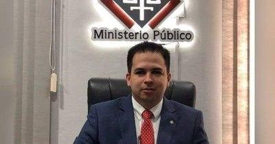 La Nación / Recibió dinero para no publicar fotos íntimas de una mujer, fue imputado por extorsión