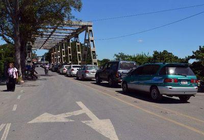 Argentina deja en manos de sus provincias la negociación para abrir el tránsito terrestre
