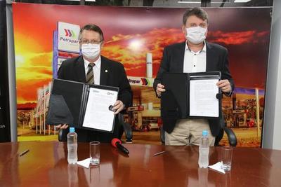 Petropar y Facen firmaron convenio de cooperación técnica, científica y académica