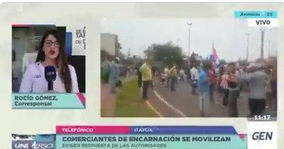 La Nación / Comerciantes e informales de Encarnación protestaron para exigir respuesta a sus reclamos