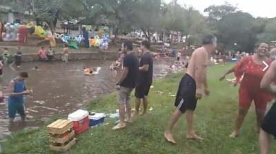 Suspenden funcionamiento de todos los balnearios en Caacupé tras descontrol