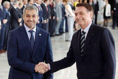 Con agenda abierta, en Foz se reúnen hoy por tercera vez Abdo y Bolsonaro