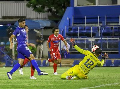 Nacional derrotó 3-2 a Sol de América