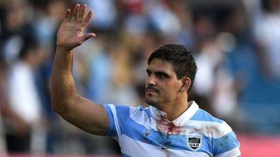 El capitán de Los Pumas fue suspendido por los mensajes xenófogos