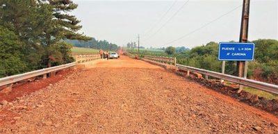 La construcción de seis puentes en Itapúa alcanzan casi el 90% de avance