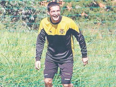 Exfutbolista de Guaraní falleció jugando partido
