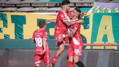 Con un doblete paraguayo, Argentinos Juniors goleó a Aldosivi