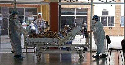 La Nación / Ocupación total de camas en el área de contingencia del Hospital de Clínicas