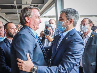 Mario Abdo y Jair Bolsonaro se reúnen para ver avances del Puente de la Integración