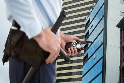 """Policía detecta cursos de guardias de seguridad en institutos """"mau"""""""